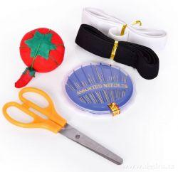 DEDRA - Sada šicích potřeb v plastovém pouzdře
